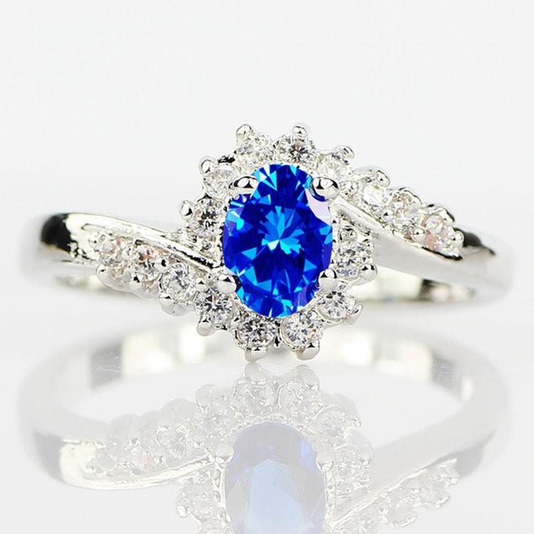 Único Corte Ovalado Azul Zafiro Anillo de las Mujeres