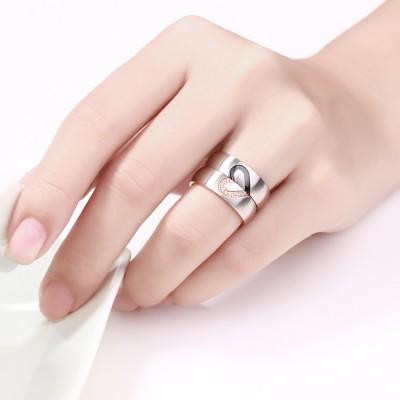 Elegante Diseño de Corazón Acero Titanio Piedra Preciosa Anillo de Promesa para Parejas