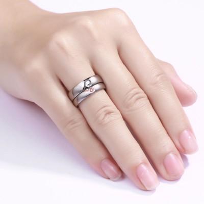 Diseño de Corazón Acero Titanio Piedra Preciosa Anillo de Promesa para Parejas
